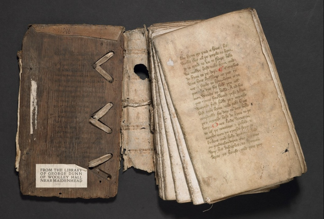 Códice desencuadernado en el que se pueden ver los cuadernos © John Rylands Library, ms. English 895